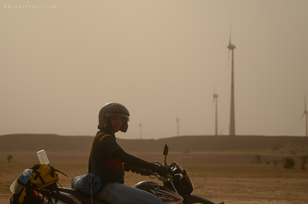 Rajasthan-Jaisalmer-windmill-farms-bike-trip