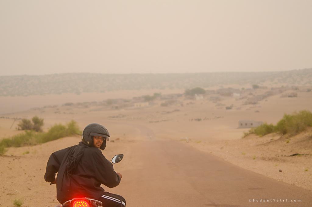 Tanot-border-bike-trip-niraj-yadav