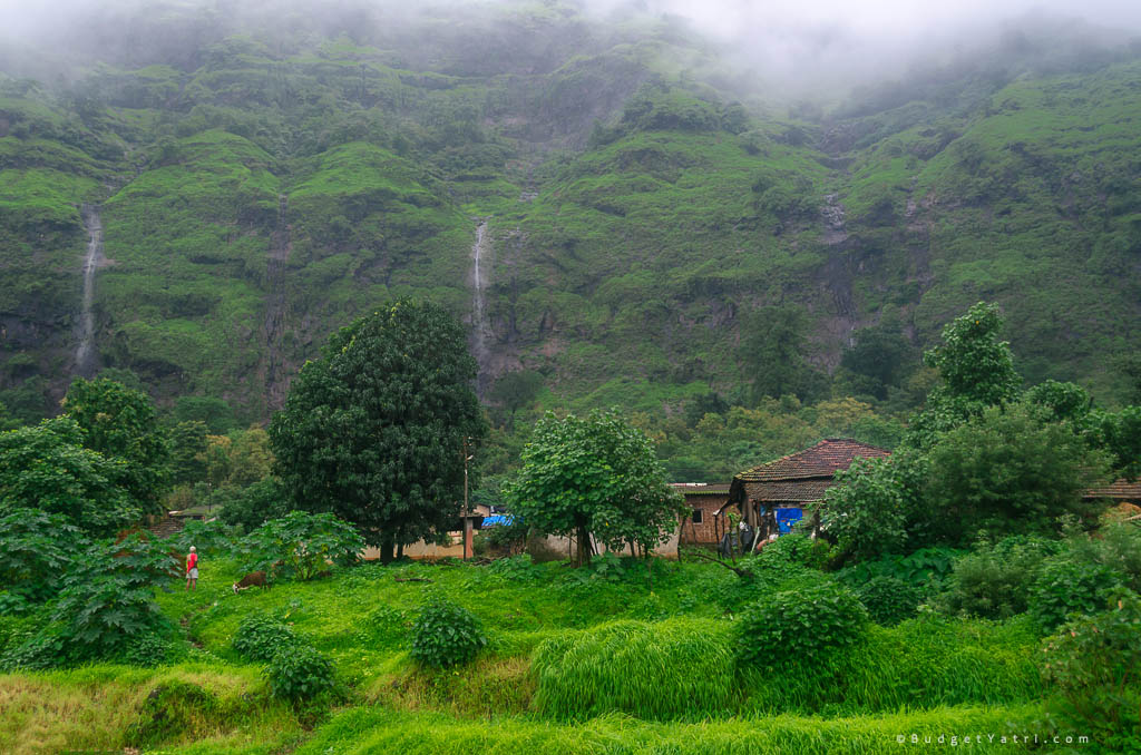 raigad-in-monsoon, raigad fort, beautiful hidden villages