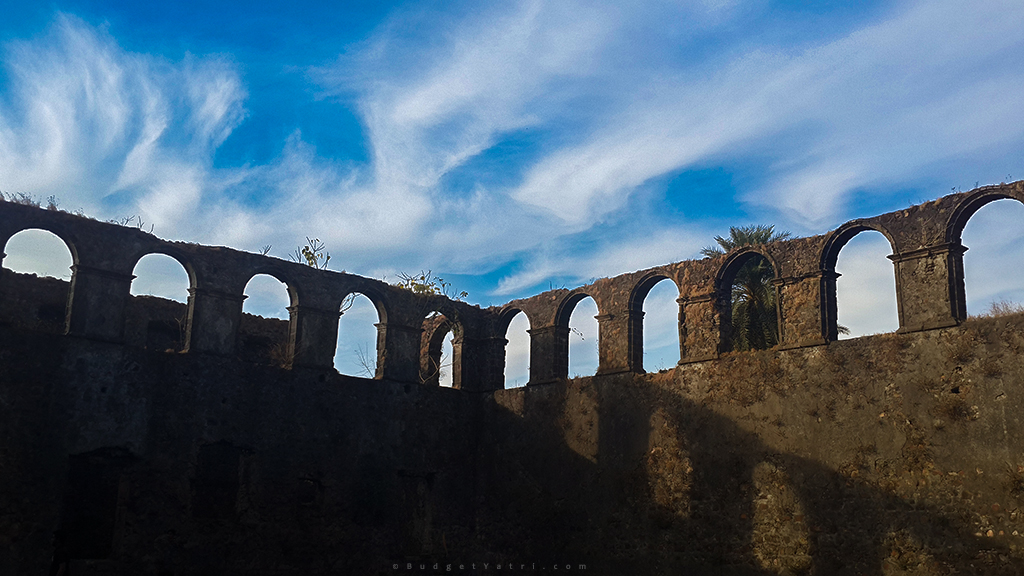 Vasai Fort images