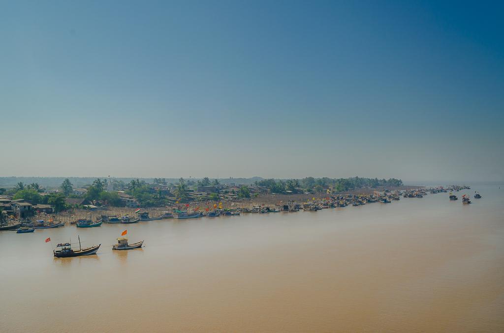 Dahanu village