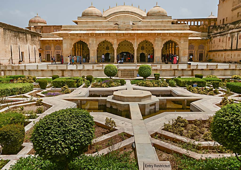 Amber Fort palace garden