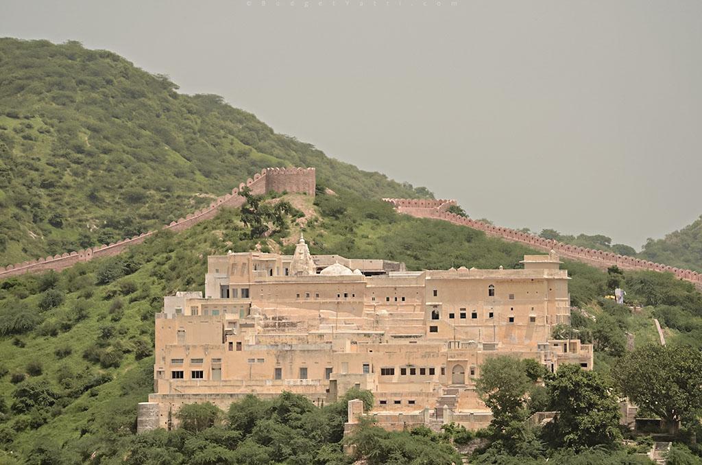Amber-fort-temple-jaipur
