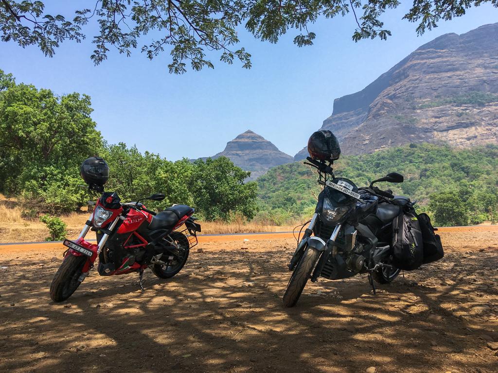 Benelli T25 bike trip, Malshej Ghat photos