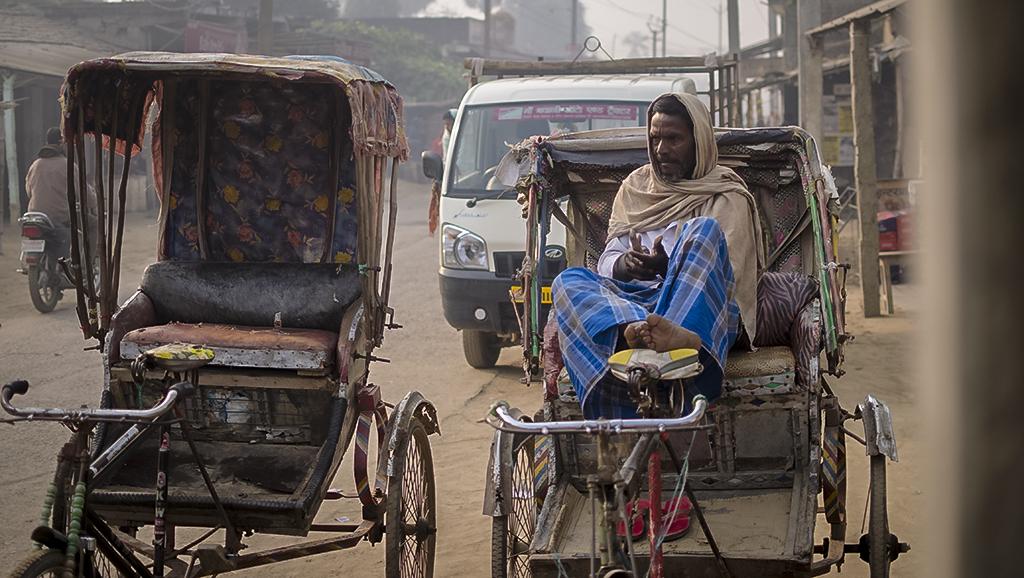 hand rickshaw bihar, street photography India