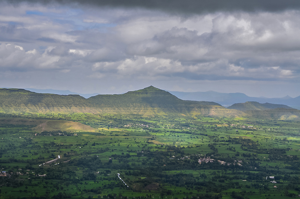 View of a valley from Kaas plateau