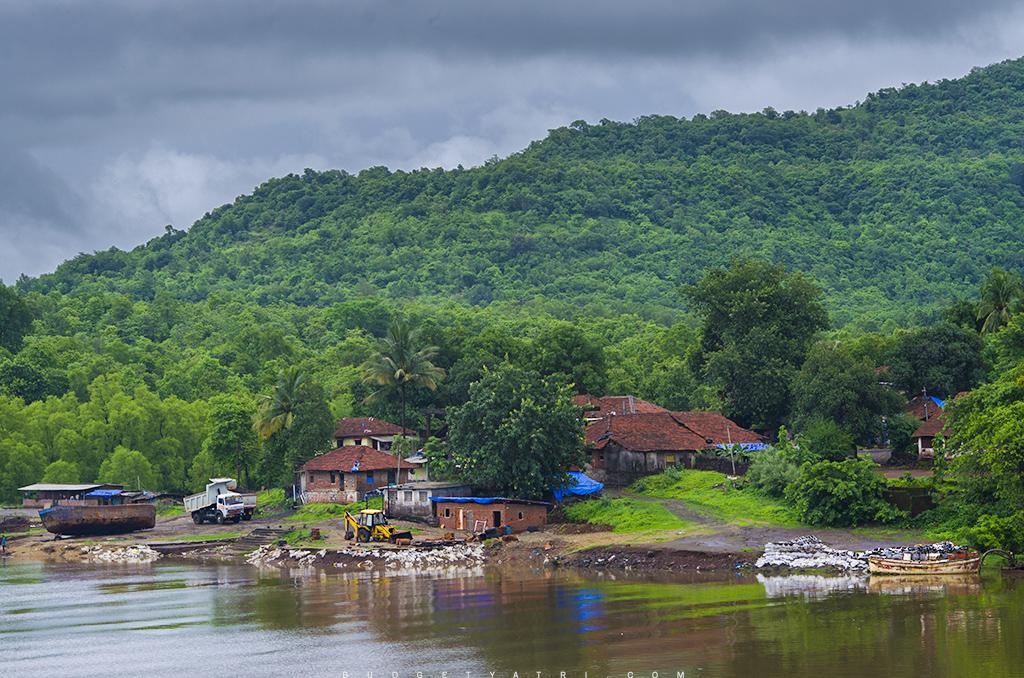 Savitri river, Konkan, Konkan gaon, Rural India