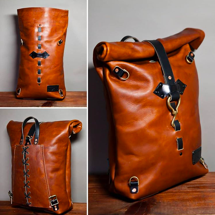 Leather rucksack for motorcyclists